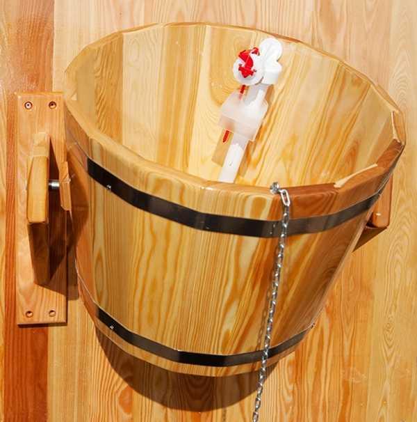 Один из вариантов крепления обливного душа для бани
