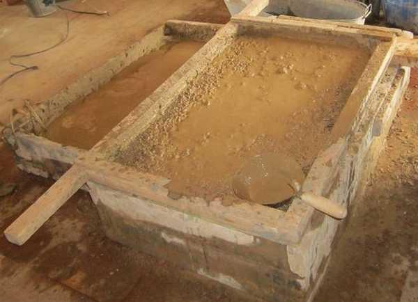 Размоченную глину необходимо перетереть через сита