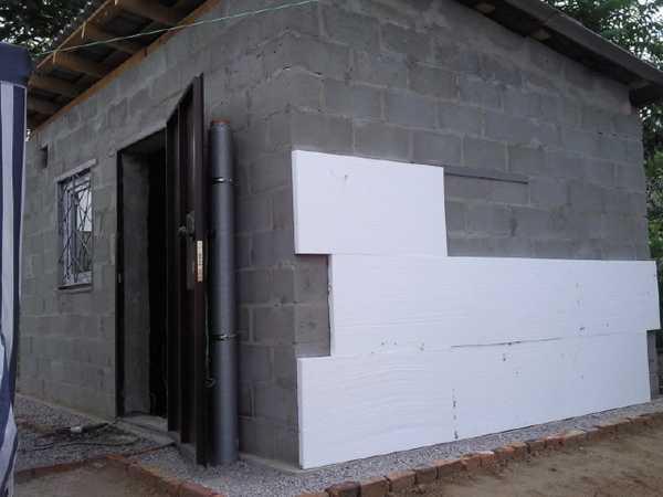 Утепление стен пенопластом снаружи.  Отзывы положительные