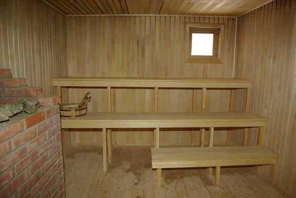 Липа- красивая древесина, но очень капризная - так считают знатоки
