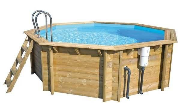Этот деревянный каркасный бассейн стоит 134 тыс. руб