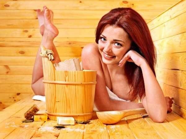 Уход за кожей в бане и ее очищение при помощи пилингов и скрабов очень эффективен
