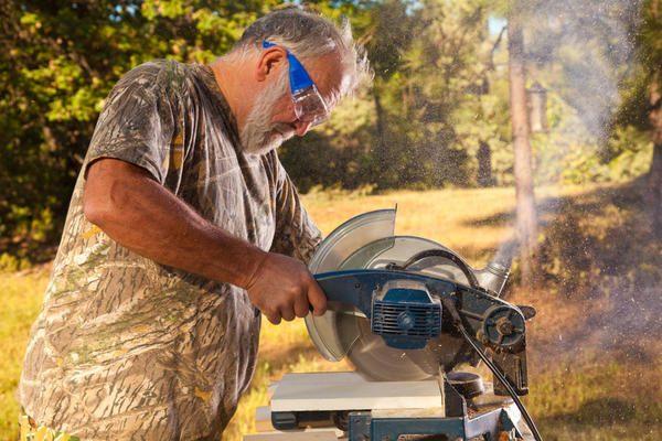 Дисковые или циркулярные  ручные пилы - один из самых универсальных инструментов