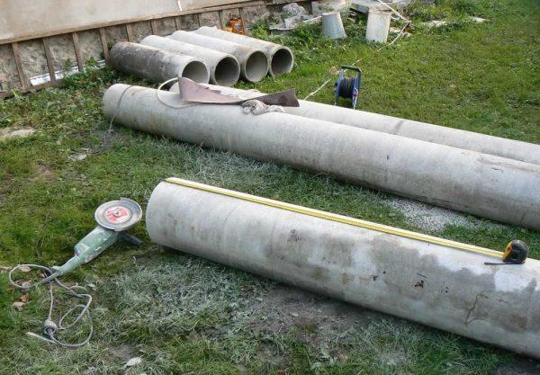 Нарезаем трубы на куски нужной длины