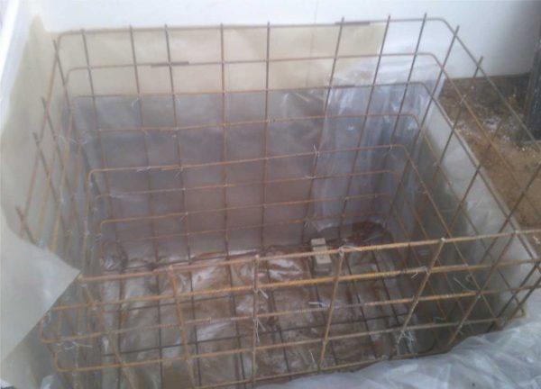 Металлокаркас для бетонной купели готов