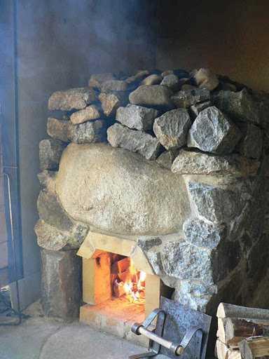 Один из вариантов каменки