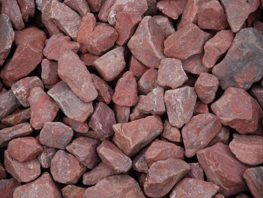 Камни для бани малиновый кварцит понижает артериальное давление и лечит боли в спине