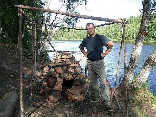 Как сделать каркас для бани палатки в лесу