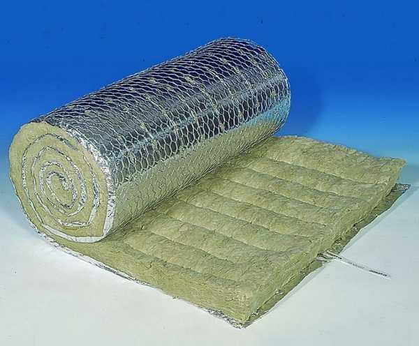 Фольгированную каменную вату используют для теплоизоляции парилок в бане
