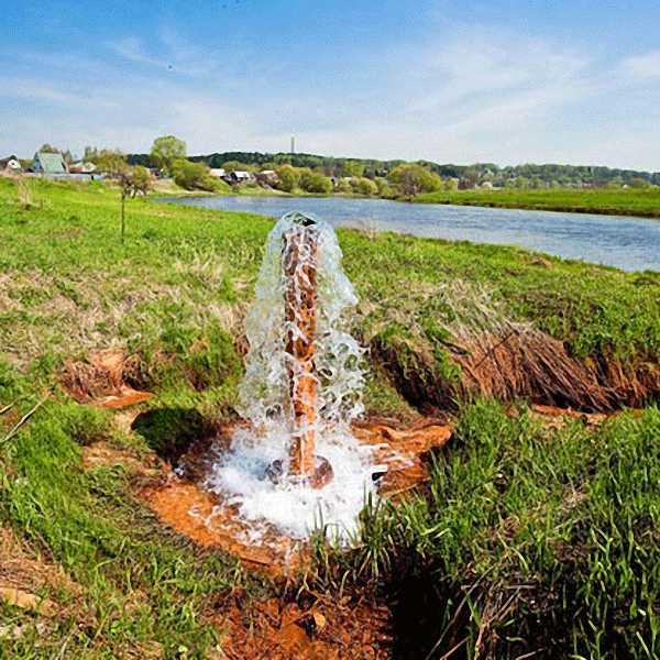 Воды в артезианских скважинах обычно бывает много