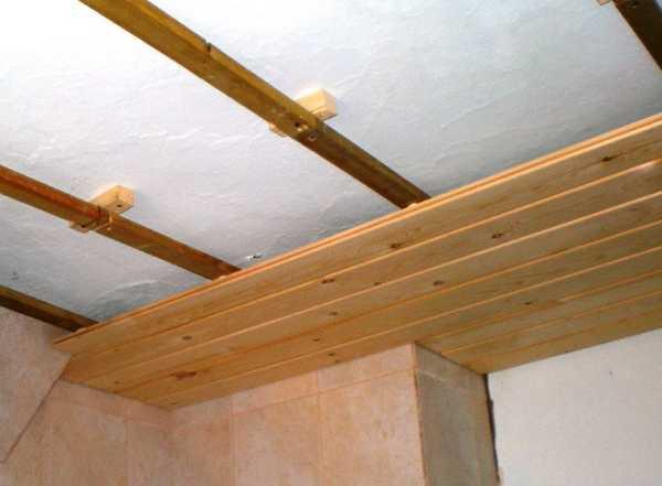 Крепление деревянной вагонки к потолку (фото)