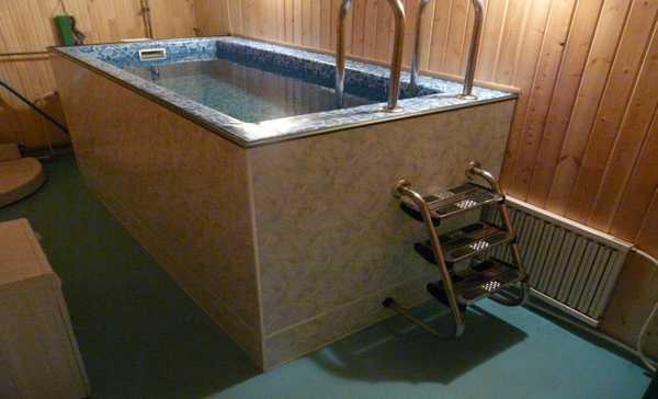 Проекты бань с бассейном. Фото готового объекта