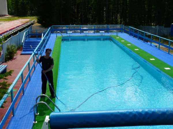 Уход за бассейном - ежедневная работа