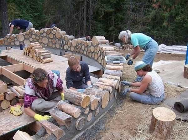 Баня из глиняного раствора и деревянных чурок - дешево и сердито