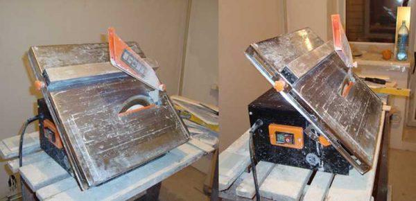 При необходимости поверхность рабочего стола в устройствах с нижним расположением режущего узла наклоняется. Так можно распилить плитку под углом