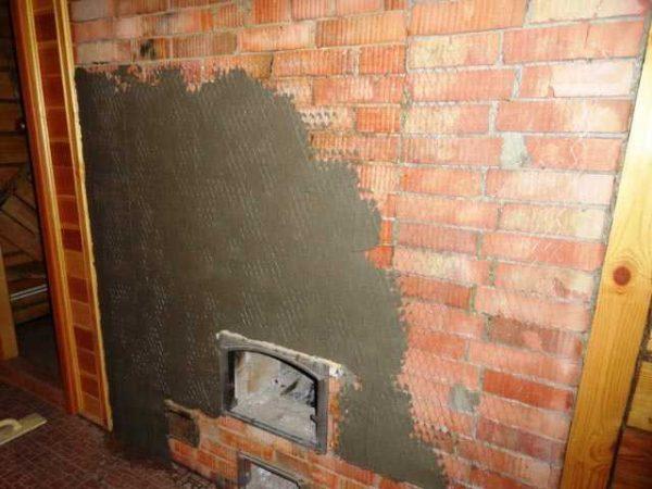 Для штукатурки печи можно использовать составную цементную штукатурку или купить термостойкую, готовую